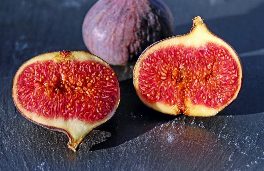 Frutas de verano higo